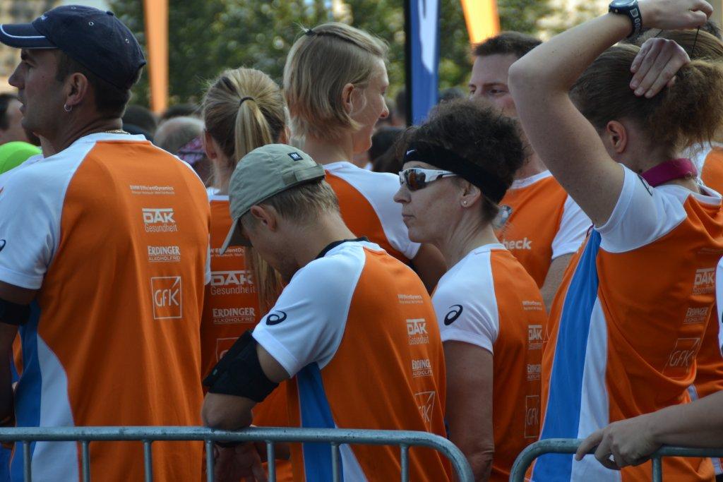 Sabine Zipf kurz vor dem Start zum Stadtlauf Nürnberg 2014