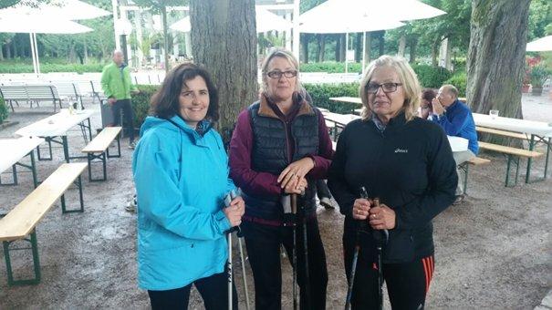 Mittsommernach Walking mit Gisela Keim, Marion Landwehr und  Gisela Ruf