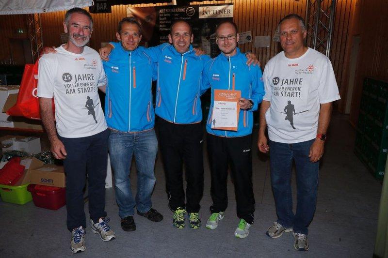 Team 2 bei der Siegerehrung