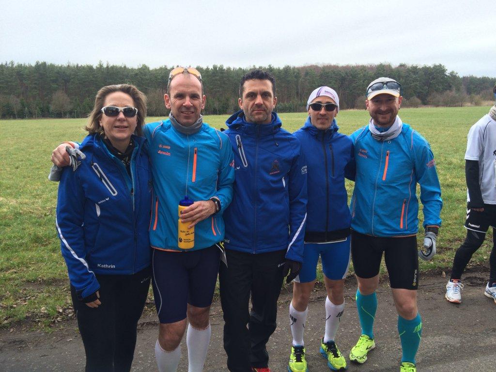 Kathrin, Armin, Harald, Kai-Uwe und Ronny beim 37. Osterlauf in Rodgau