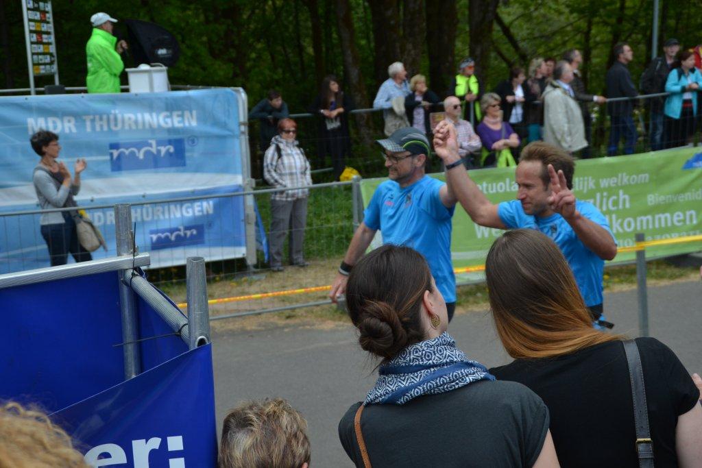 GutMuts-Rennsteiglauf Roland und Georg im Ziel