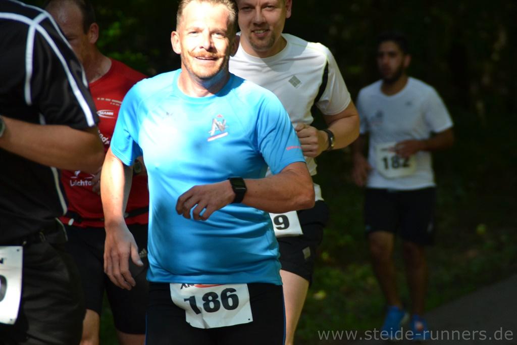 Christian auf der anspruchsvollen Laufstrecke