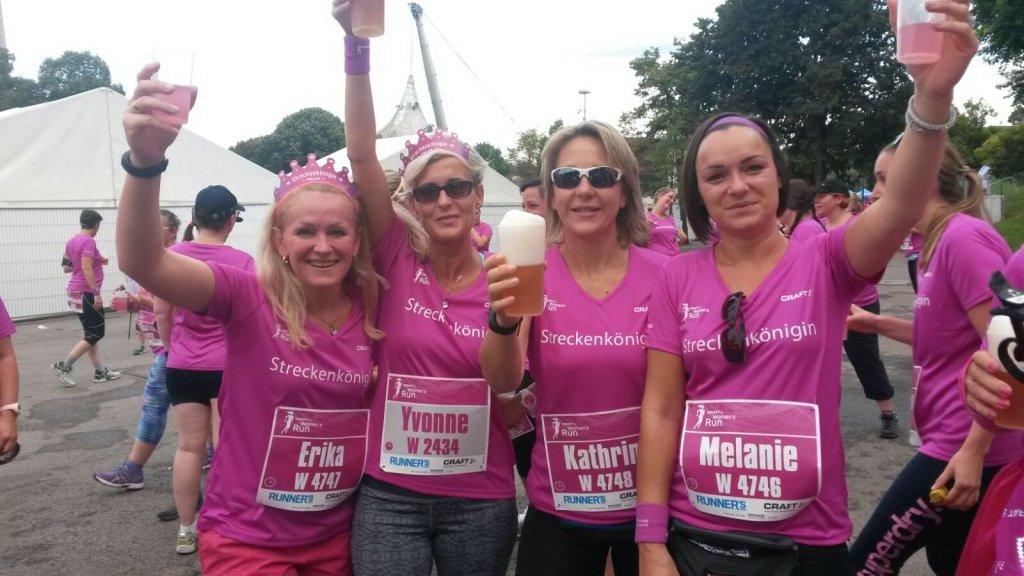 Kathrin (2. von rechts) beim Women's Run München