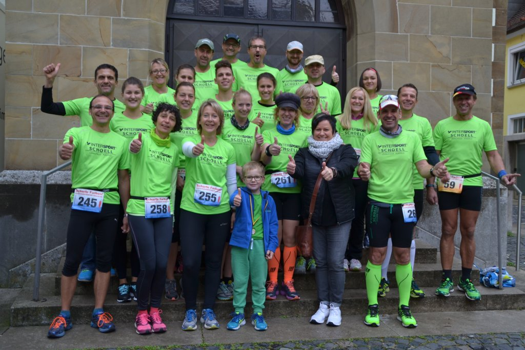 Gruppenbild steide-runners beim 7. Crailsheimer Sparkassenlauf