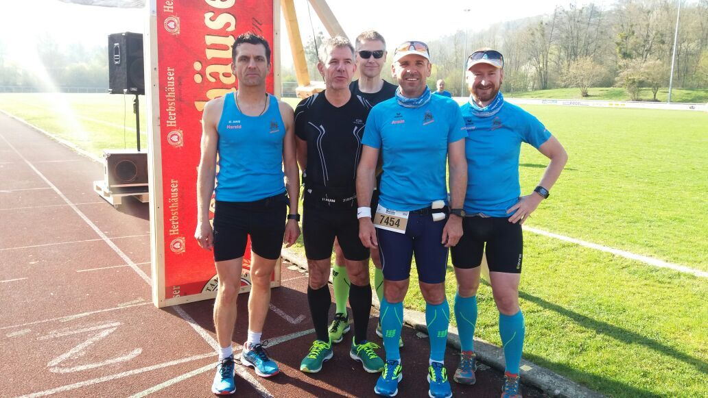 Harald, René, Steffen, Armin und Ronny beim harten Mann Extremlauf in Niederstetten