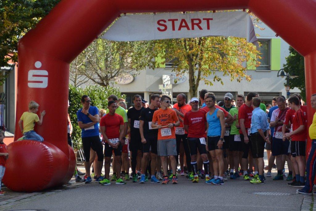 Startlinie 23. Herbstfeslauf