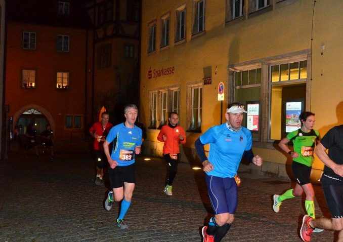 Armin beim 12 Stadtwerke Rothenburger Lichterlauf