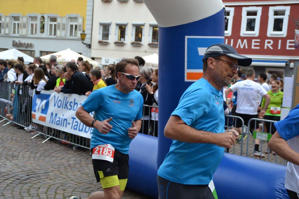 Georg und Roland auf der Halbmarathonstrecke